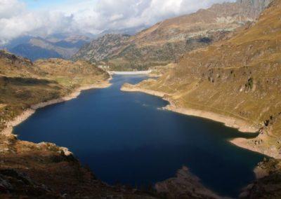 Lago-tra-le-montagne1_767_1022_1